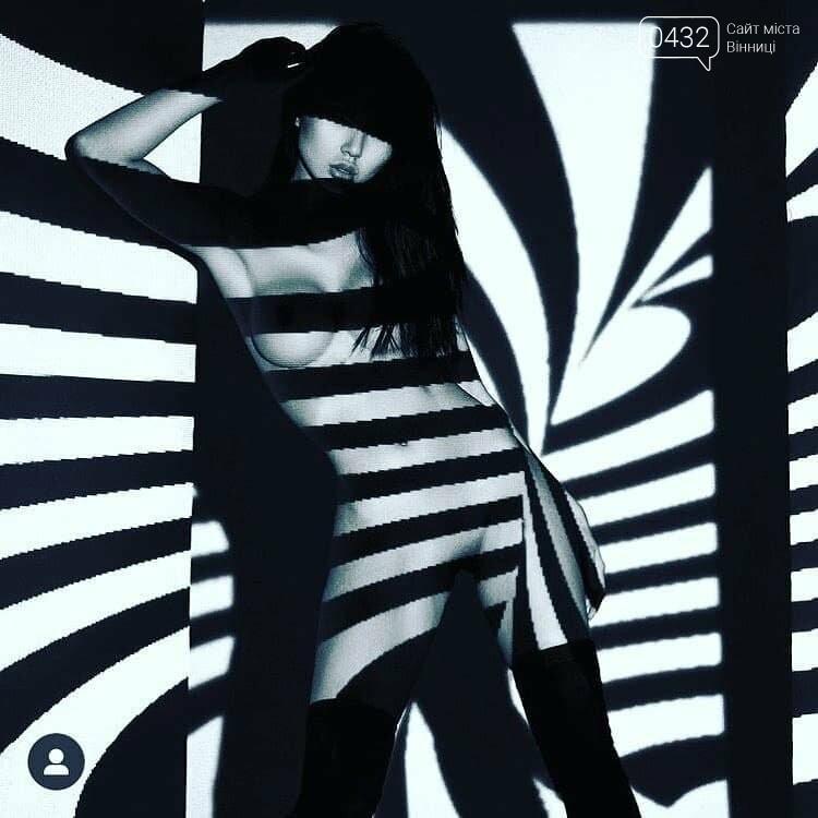 """""""НЮ""""- фотовыставка в Виннице: обнаженные девушки, свет и тень, фото-4"""