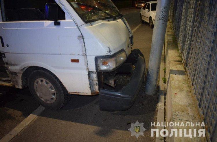 У Вінниці мікроавтобус збив 19-річну дівчину на Сабарівському шосе , фото-1
