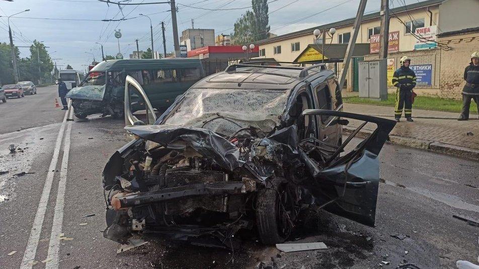 Моторошна ДТП у Вінниці: одна людина загинула, двоє у реанімації, фото-3