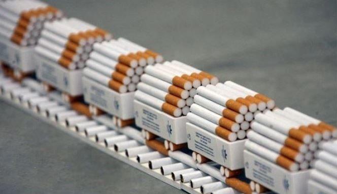 можно ли по правам купить сигареты